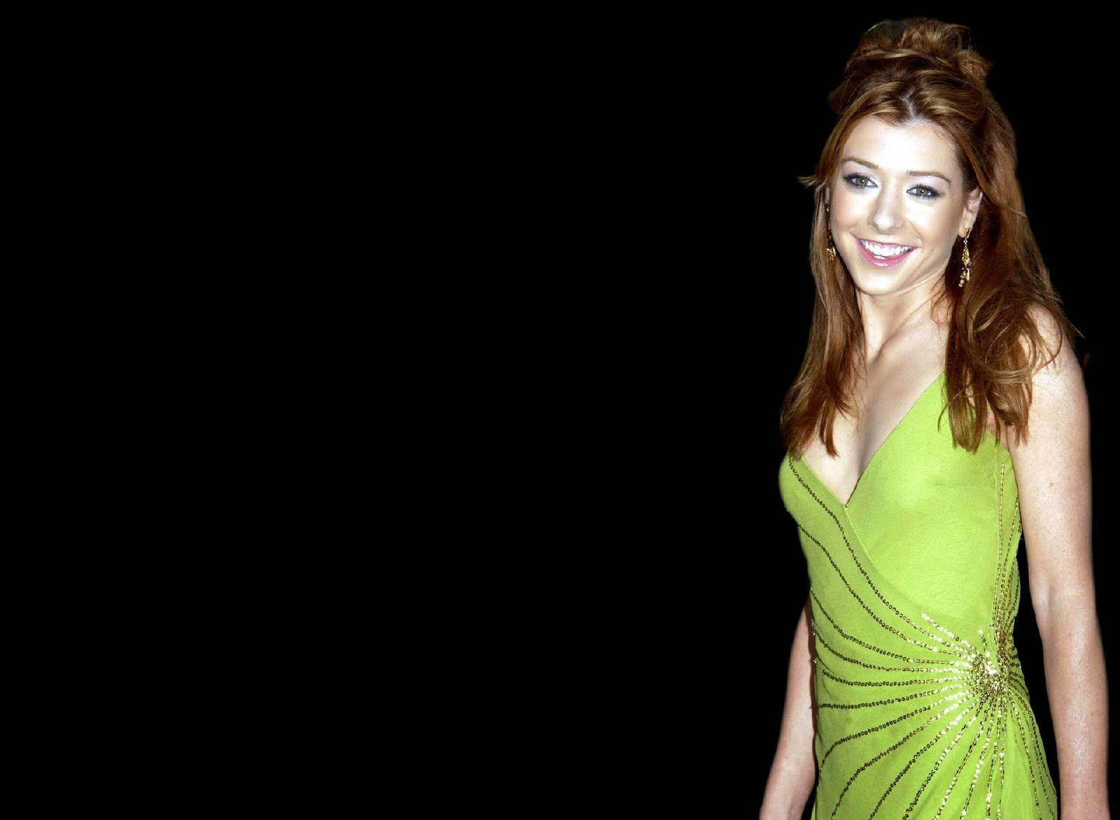Alyson Hannigan Wallpapers Free Download