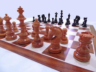 harga bidak catur yang dari kayu sawo
