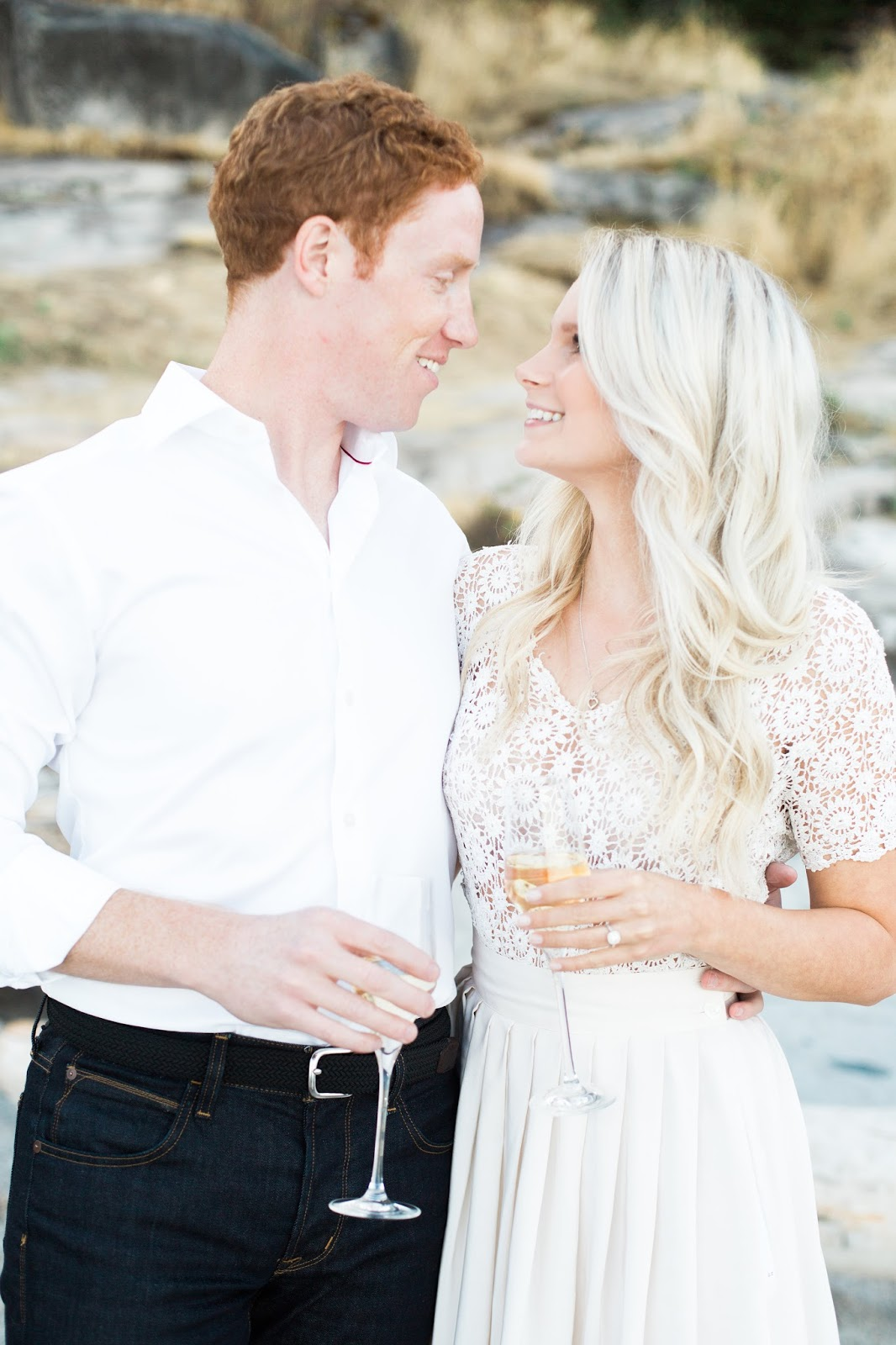 what to wear to an engagement photo shoot