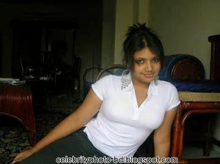 Bangladeshi+College+Girl+Hot+Picture+and+Photos007
