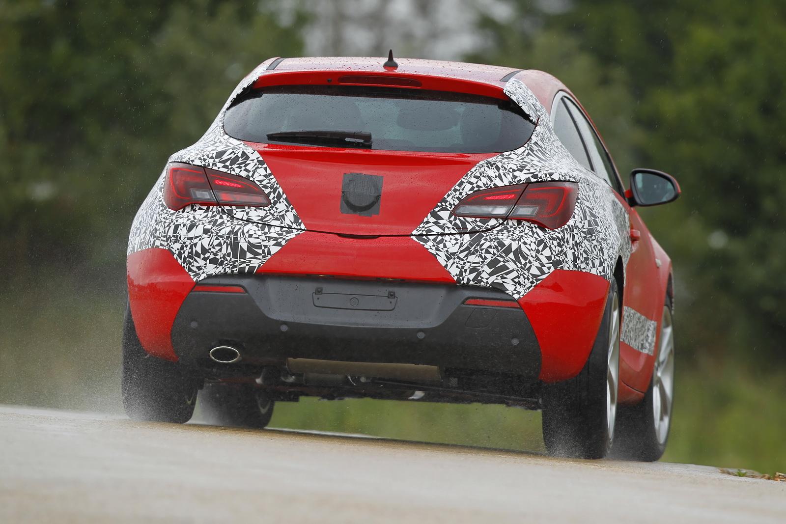 http://4.bp.blogspot.com/-nOoGuG0EAVs/TisK3gOaA7I/AAAAAAABKy0/U0uGYG_H8F8/s1600/2012_Vauxhall-Astra-GTC_02.JPG