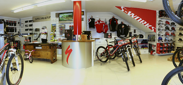 Specialized Concept Store Andreis