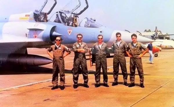 Οταν οι Ελληνες πιλότοι έσπασαν τα τζάμια της Σμύρνης
