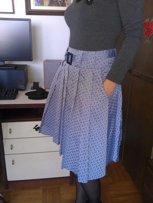 Stepalica Patterns: Zlata suknja - testiranje kroja, Mira