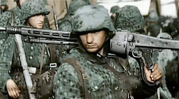 70 χρονιά της νίκης των ΕΒΡΑΙΩΝ!!!  ΑΦΙΈΡΩΜΑ στην Waffen SS Ο ΦΟΒΟΣ ΚΑΙ ΤΡΟΜΟΣ ΤΩΝ ΕΒΡΑΙΩΝ  ΣΠΑΝΙΑ VIDEO!