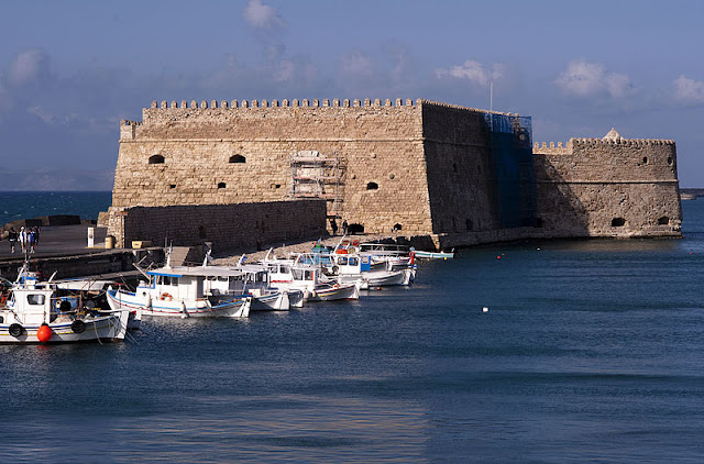 Koules (Rocca al Mare) venetian fortress in Heraklion, Crete |Travel Greece Guide