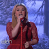 [VIDEO] Underneath the Christmas Tree Live @ Ellen (Kelly Clarkson)