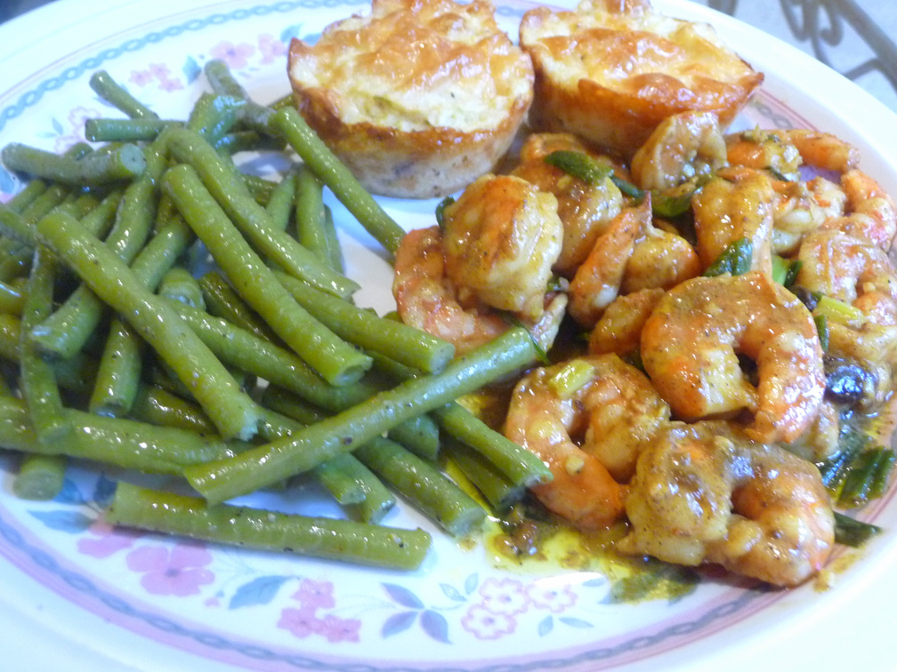 SPLENDID LOW-CARBING BY JENNIFER ELOFF: COCONUT CURRIED SHRIMP