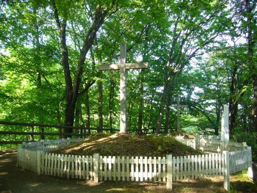 La tumba de Jesucristo y la de su hermano en Japón