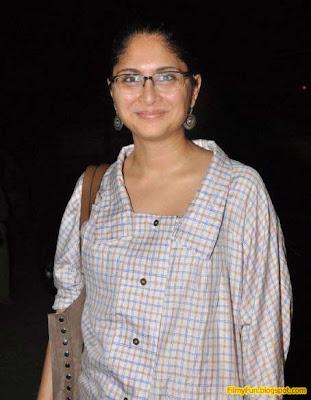 kiran_rao hottest wife of bollywood_FilmyFun.blogspot.com