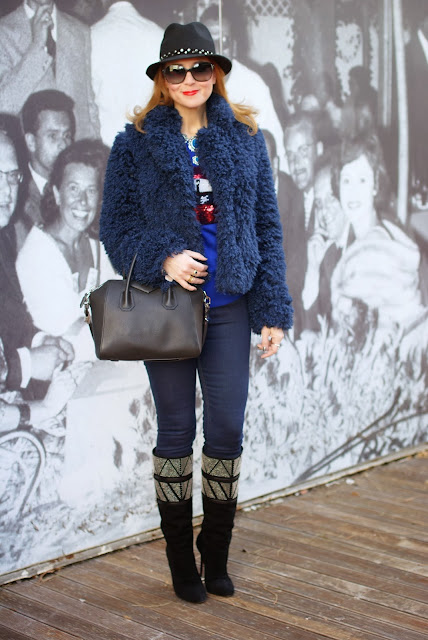 faux fur jacket, Givenchy Antigona small bag, Markus Lupfer inspired jumper, Fashion and Cookies, fashion blogger
