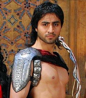 Arjuna diperankan oleh Harshad Chopra