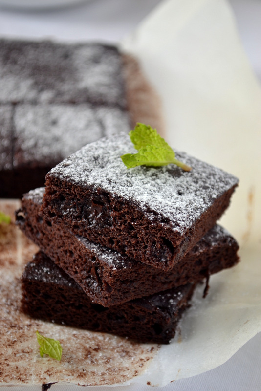 VEGAN DOUBLE CHOCOLATE BROWNIES ( Eggless and fat free) | kurryleaves