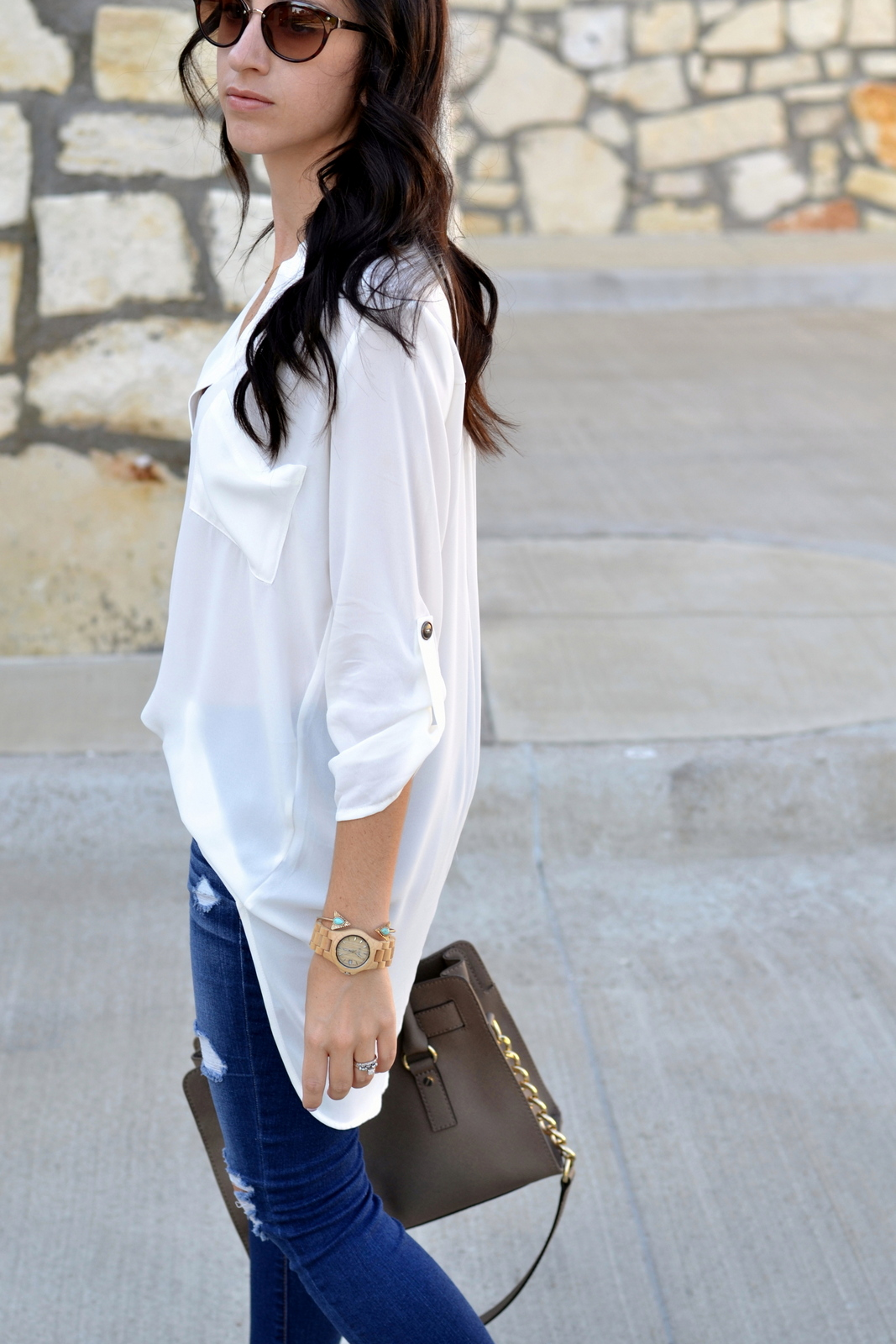 Casual Day Outfit with white tunic and wood watch