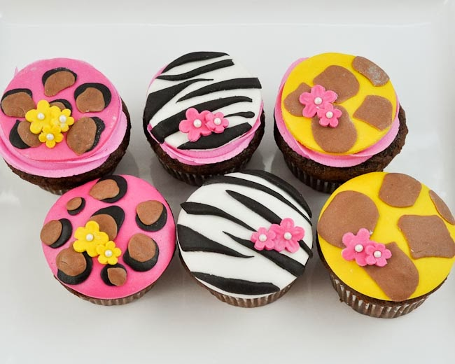 Cake Decorating Classes For 11 Year Olds : Beki Cook s Cake Blog: Valentine s Day Gift Ideas