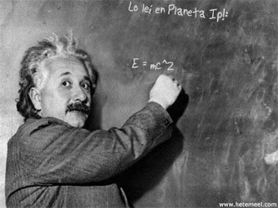 Albert Einstein leía Planeta Ip! (humor)
