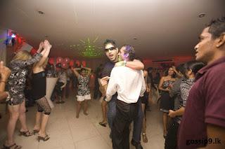 http://4.bp.blogspot.com/-nQLrVwAAaqY/T28G75dNs3I/AAAAAAAAAfQ/HGCD3jQoQDg/s1600/mervin+son%27s+birthday+Malaka+7.jpg