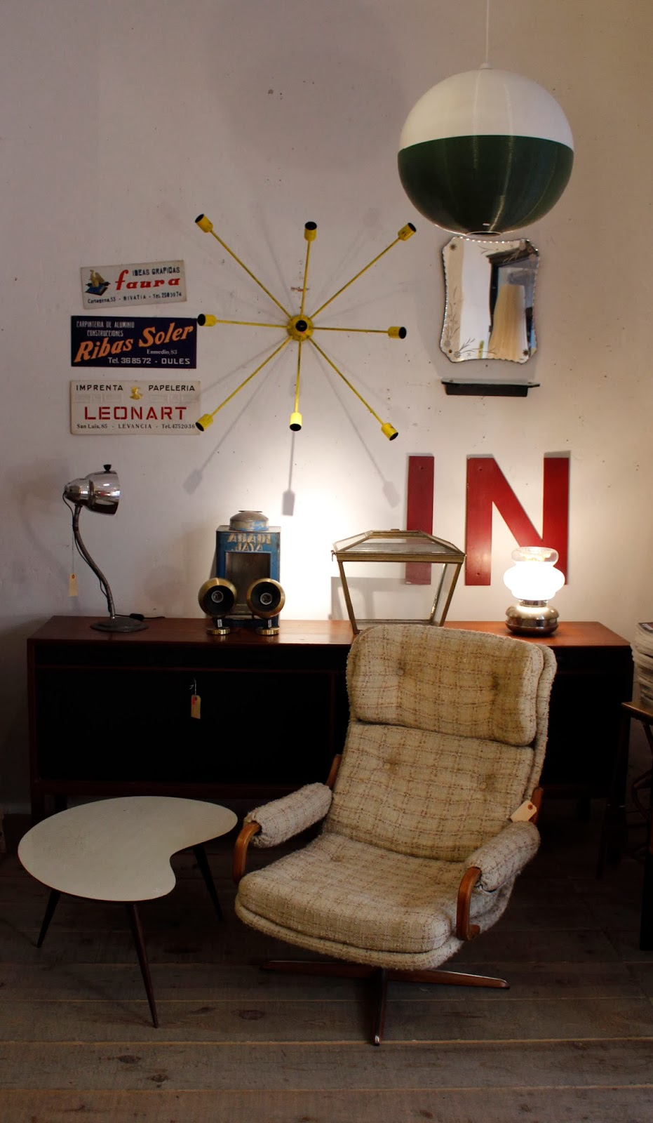 Vintage 4p tu tienda de muebles vintage en madrid la for Vintage muebles y objetos