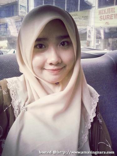 Kembar Yoona Di Malaysia