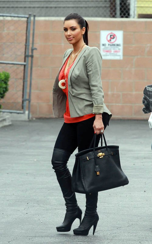 Fashion Beauty Glamour Kim Kardashian Out In Sherman Oaks June 11 2011