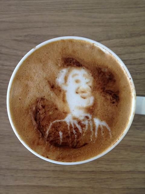 seni-kopi-latte-hudson