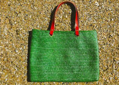 bolsa de palha-bolsa de praia-artesanato de palha de piaçava-artesanato da Bahia-trança de piaçava-artesanato indígena-Bolsa 4