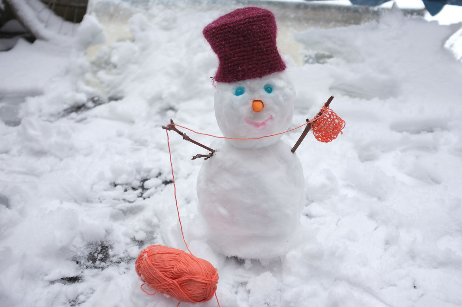 Julie adore dimanche faire un bonhomme de neige - Bonhomme de neige en laine ...