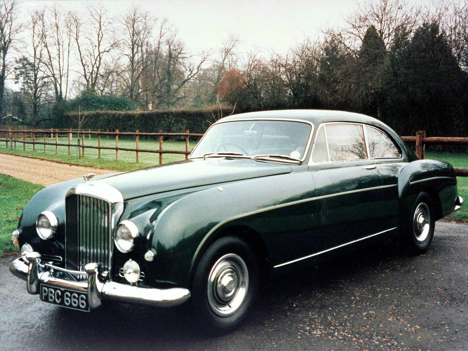 transpress nz 1956 bentley s1 continental. Black Bedroom Furniture Sets. Home Design Ideas