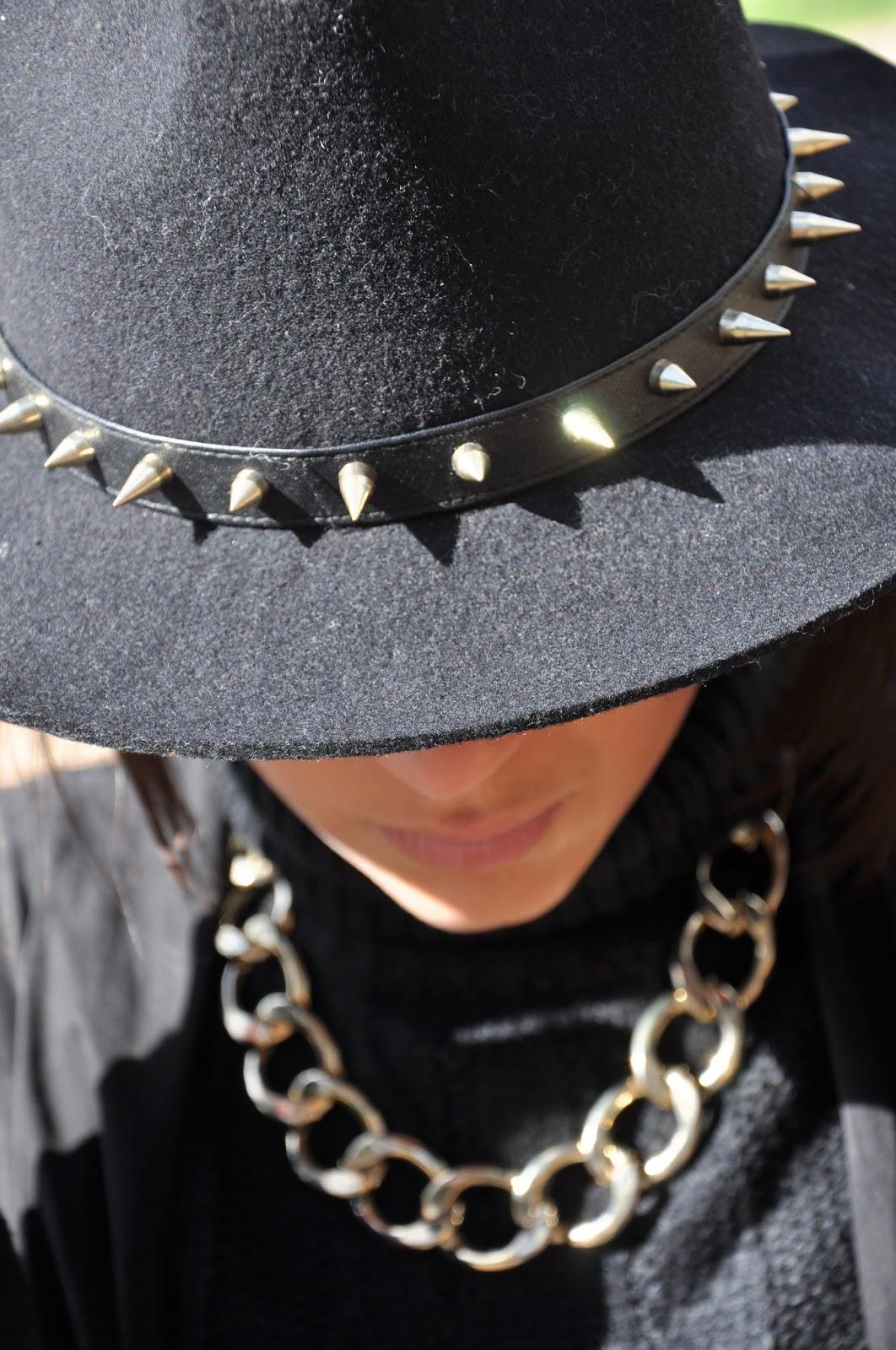 Hat obsession - ToBeMe