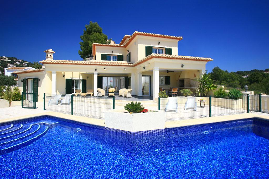 Locations vacances en espagne s jours en villas et maisons de luxe en espagne - Image de belle villa ...