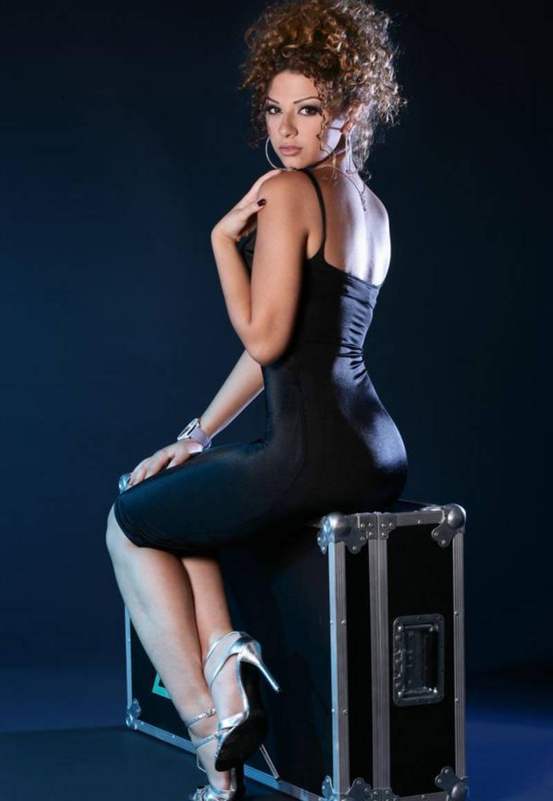 Nancy Ajram Ass 93