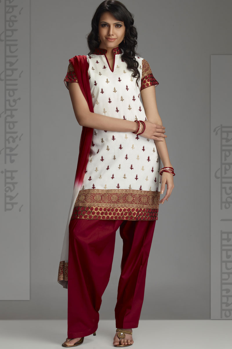 Sparkling Fashion Chudidar Neck Designs