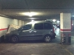 Es Lloga Parking.