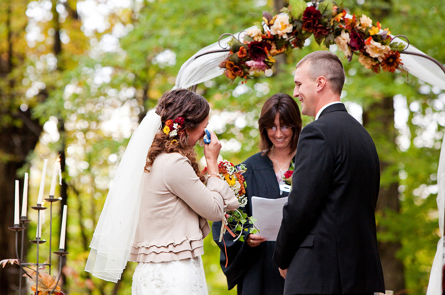 Real Wedding Angie Rob 39s Outdoor Fall Wedding