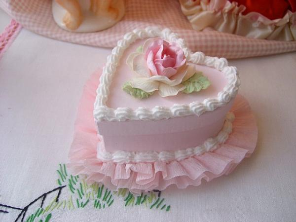Rose Day Cake Images : Android Phones Wallpapers: Android Wallpaper Heart Shaped Cake