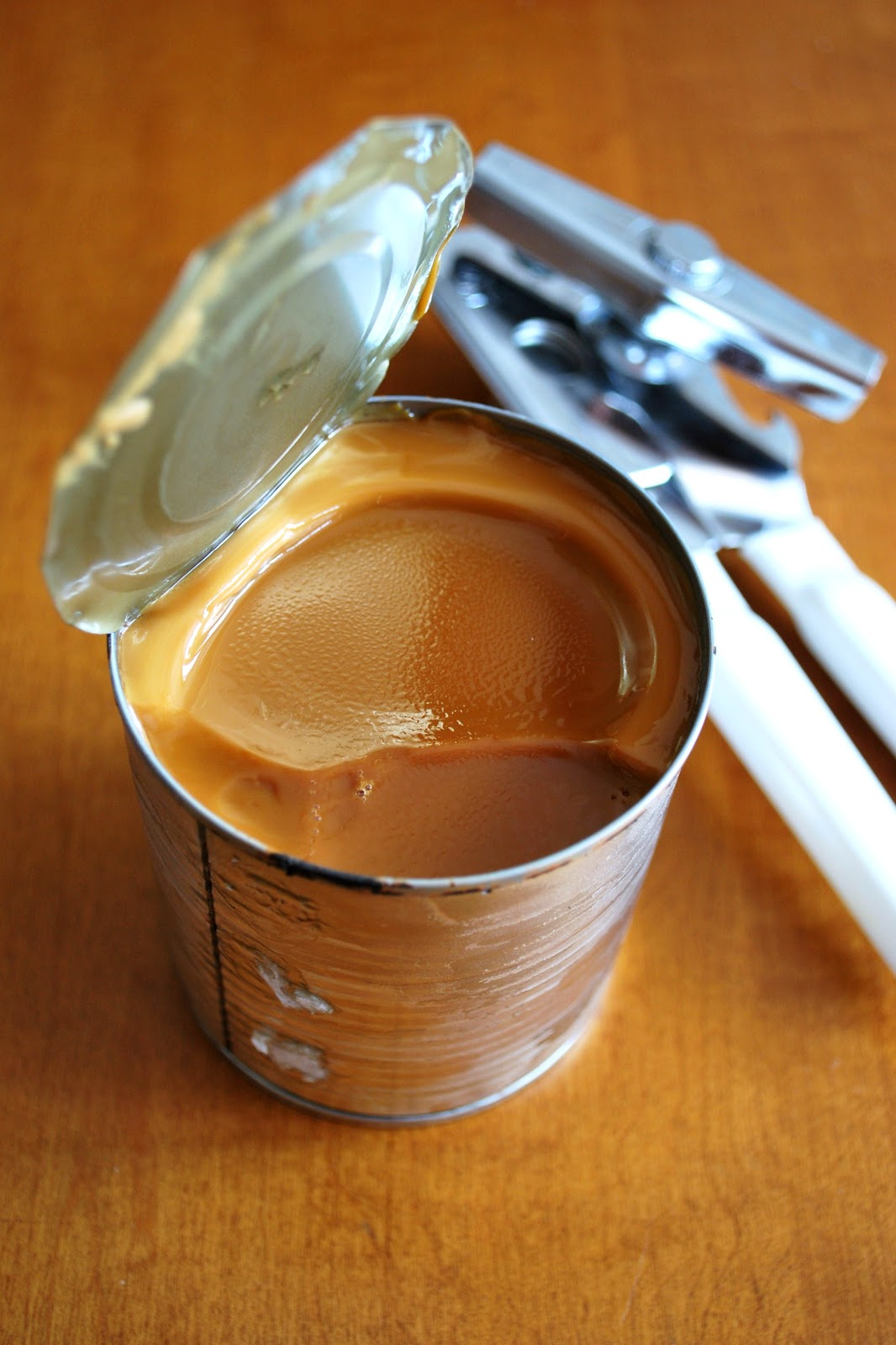 The Capitol Baker: Homemade Dulce de Leche