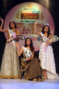 Miss Nepal 2012 winner Shristi Shrestha