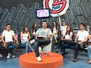 Paulinho Azeitona e jovens no Gyn Teen