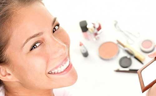 cosmeticos maquillaje imprescindible