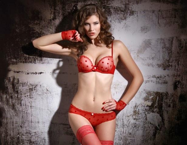 lingerie jolibon sexy rouge à pois transparent mère noël