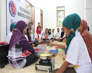 Indocement Kembali Latih UMKM Desa Binaan