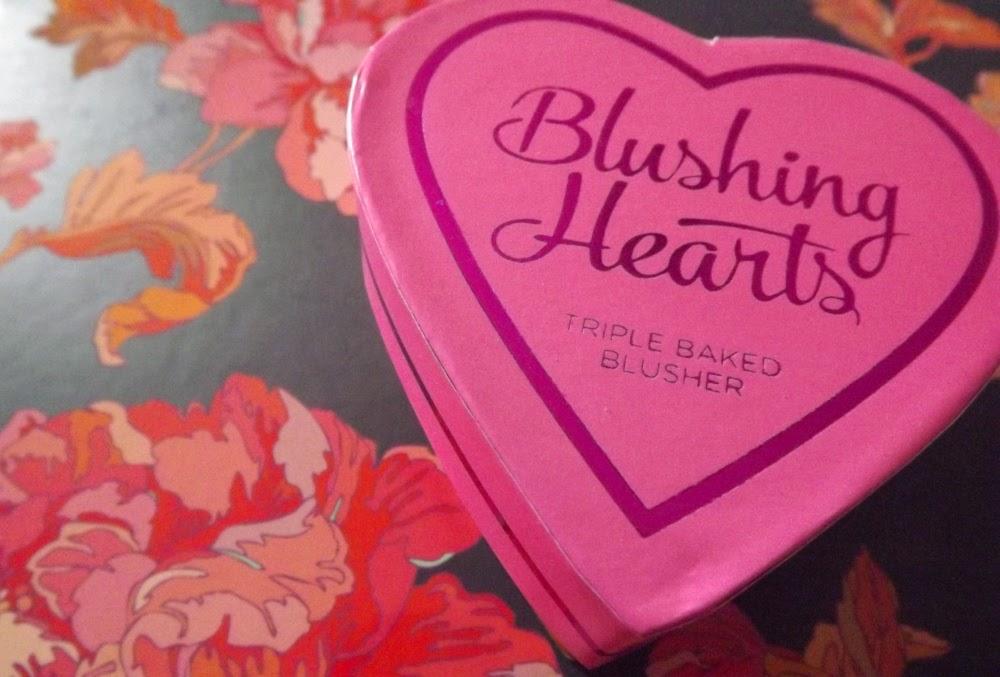 http://cosmetic-madness.blogspot.com/2014/10/blushing-hearts-un-joli-dupe-du-fameux.html