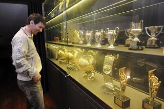 Pemecah Rekor Dunia Sepak Bola