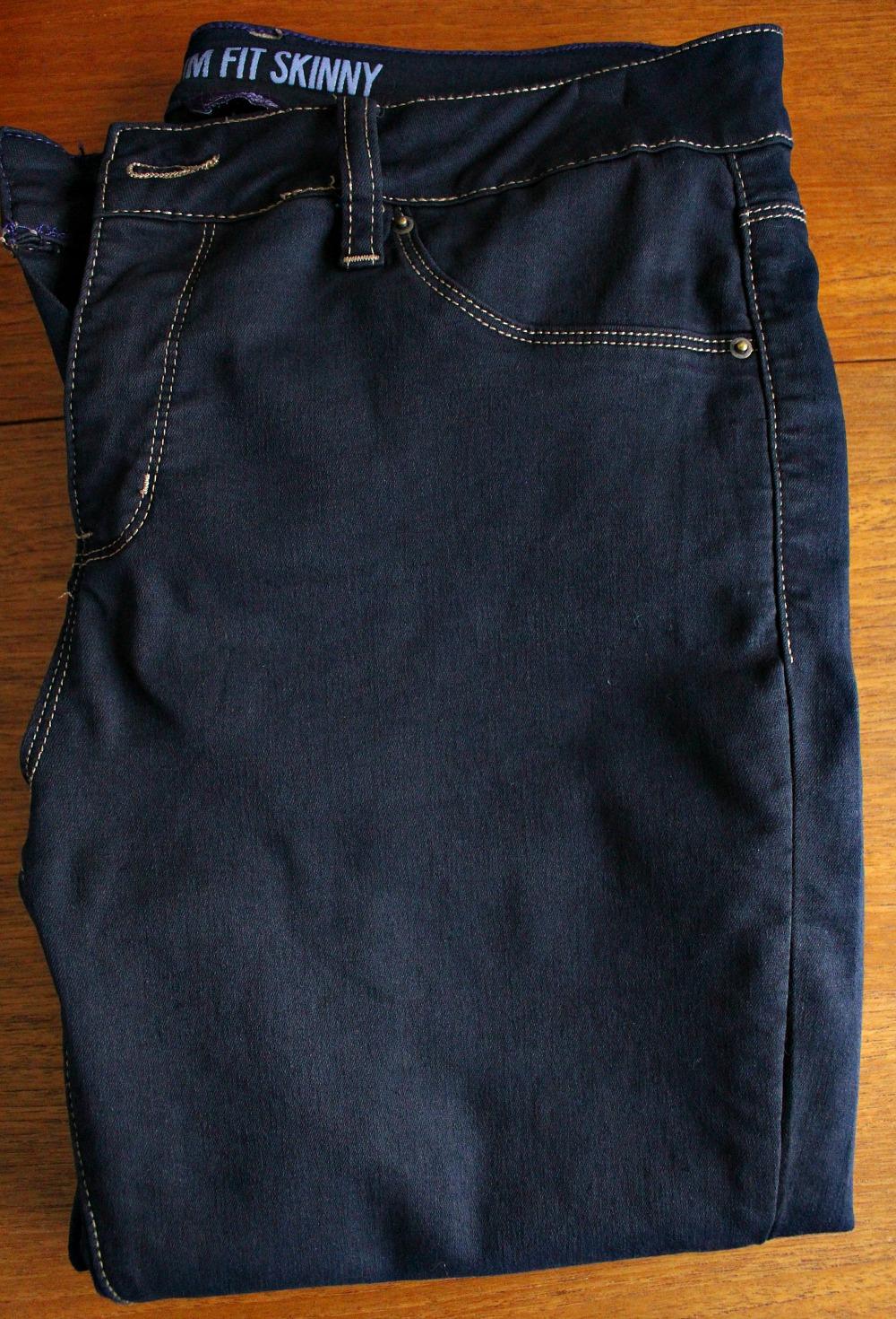 How to Dye Jeans Darker (+ Dye FAQ)