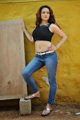 Reena Bhatia glamorous photos-thumbnail-1