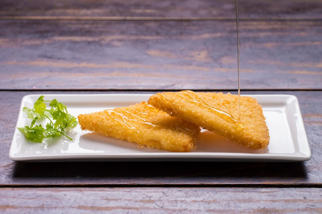 la-bodega-delicious-fried-goat-cheese