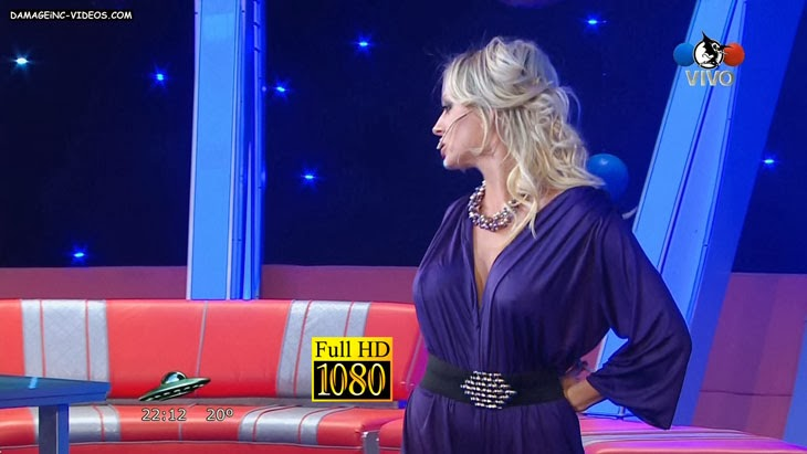 Noelia Marzol cleavage without bra and nipple poke video