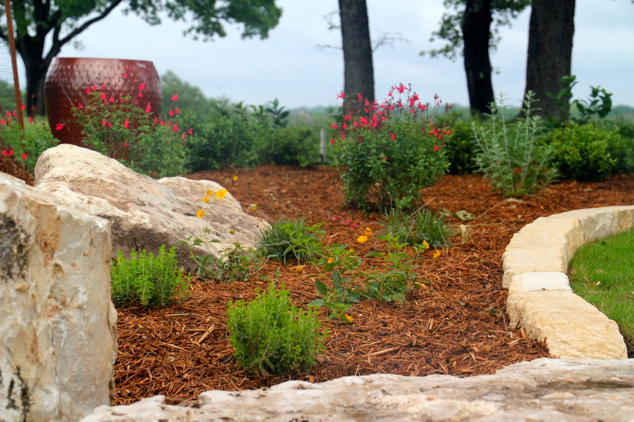 Burroughs Landscaping News Fall Is The Perfect Time To Mulch