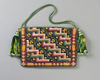 Woman's Needlepoint Purse c. 1840