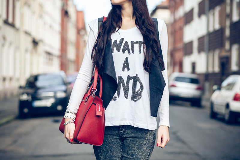 Bild Outfit Cheap-Monday-Acid-Jeans-Michael-Kors-Lederweste-2nddayshirt